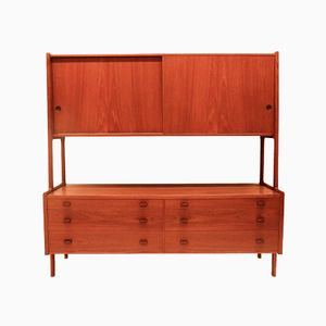 RY20 Highboard by Hans J. Wegner for Ry Mobler, 1950s