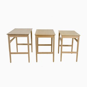 Mid-Century AT-40 Oak Nesting Tables by Hans J. Wegner for Andreas Tuck