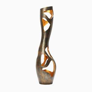 Scrultura modello This is Not a Vse in bronzo di Reda Amalou