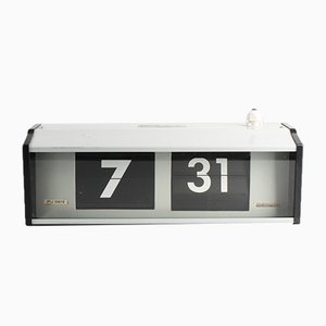 Industrial IPJ0612 Flip Clock from Pragotron, 1980s