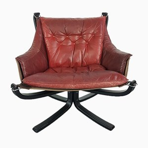 Vintage Falcon Chair in Chestnut Brown Leather and Rosewood by Sigurd Ressell
