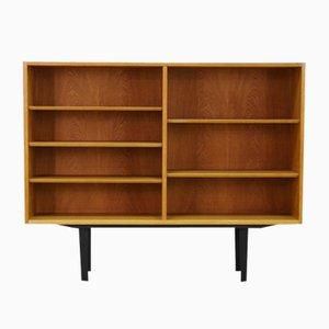 Libreria in quercia di Poul Hundevad per Hundevad & Co, Danimarca