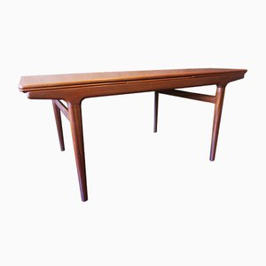 Tavolo da pranzo grande allungabile in teak di Johannes Andersen per Uldum, anni '60
