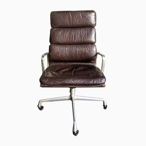 EA219 Soft Pad Leather Chair by Charles & Ray Eames for Herman Miller, 1970s
