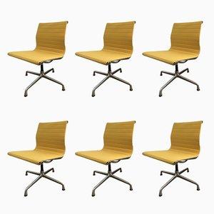Gelbe EA108 Stühle von Charles & Ray Eames für Vitra, 1968, 6er Set