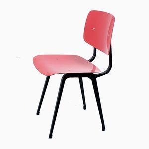 Revolt Stuhl aus rotem Ciranol von Friso Kramer für Ahrend De Cirkel, 1950er