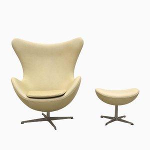 Cream Egg Chair & Ottoman by Arne Jacobsen for Fritz Hansen, 1979