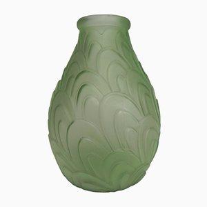 Grüne Art Deco Vase mit Fischgrat Muster
