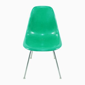 Mid-Century Kelly Green Side Chair by Charles & Ray Eames for Herman Miller/vitra