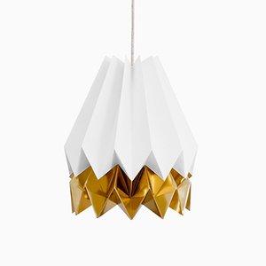 Polarweiße Origami Lampe mit godenem Streifen von Orikomi