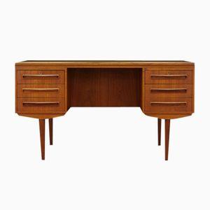 Teak Furnier Schreibtisch von J. Svenstrup für A.P. Møbler, 1960er