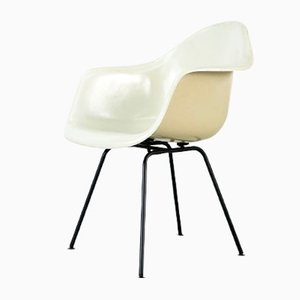 Fiberglass Chair by Charles & Ray Eames for Herman Miller, 1960s