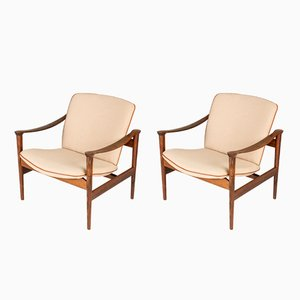 Mid-Century Rosewood Lounge Chairs by Fredrik Kayser for Vattne, Set of 2