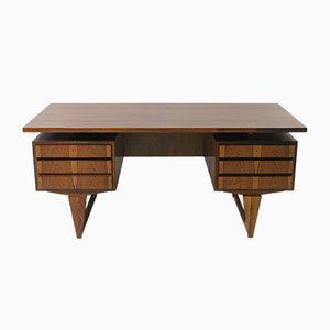 Mid-Century Palisander Schreibtisch von Illum Wikkelso für Mikael Laursen