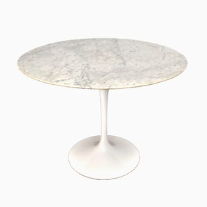 Tulip Dining Table with White Marble Top by Eero Saarinen for Knoll, 1980s