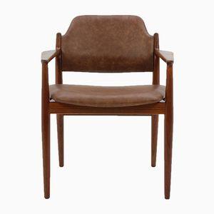 Dänischer Armlehnstuhl aus Teakholz von Arne Vodder, 1960er