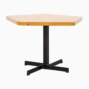 Les Arcs Fünfeckiger Tisch von Charlotte Perriand, 1960er
