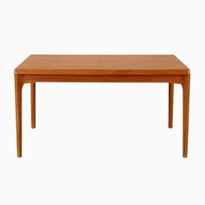 Tavolo da pranzo grande di Henning Kjaernulf per Vejle Møbelfabrik, anni '60