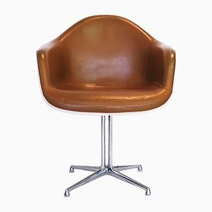 Fiberglass & Leather Chair by Charles & Ray Eames for Herman Miller