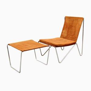 3350 & 3152 Bachelor Chair & Ottoman Set by Verner Panton for Fritz Hansen, 1950s