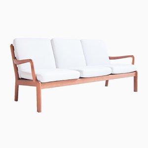 Sofá de tres plazas danés blanco de L. Olsen & Son, años 60