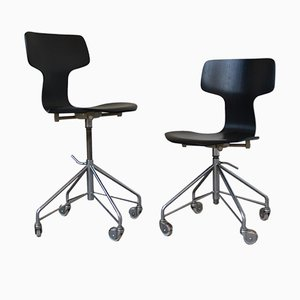 3103 Hammer Desk Chairs by Arne Jacobsen for Fritz Hansen, 1950s, Set of 2