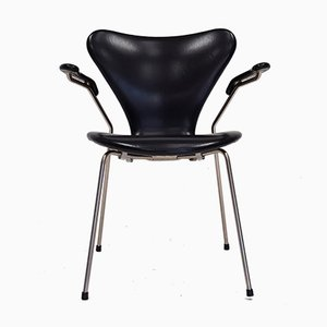 Modell 3207 Serie 7 Armlehnstuhl in Kunstleder von Arne Jacobsen für Fritz Hansen, 1967