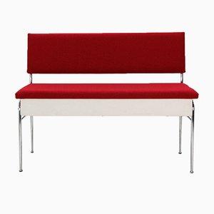Banco con espacio para almacenamiento tapizado en rojo, años 50