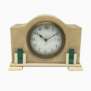 Reloj de mesa francés Art Déco de shagreen y malaquita, años 30