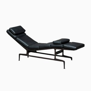 Mid-Century Soft Pad Chaise Lounge by Charles & Ray Eames for Herman Miller
