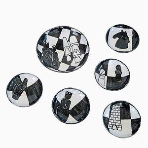 Kariertes vintage Keramik Teller Set von Gerhard Liebenthron, 1964