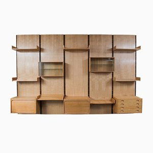 Large Oak Freestanding Wall Unit by Gianfranco Frattini for Bernini, 1950s