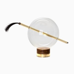 Lampada da tavolo Globo in ottone lucidato di Silvio Mondino Studio