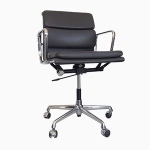 Vintage Leather EA 217 Soft Pad Chair by Charles & Ray Eames