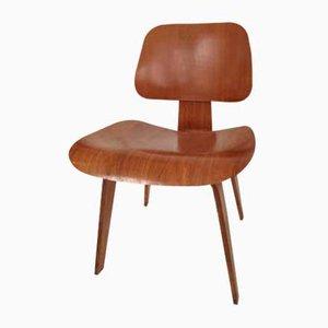 Vintage DCW Stuhl von Charles & Ray Eames für Vitra