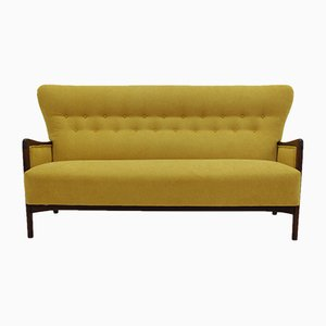 8000 Series 3-Seater Sofa by Soren Hansen for Fritz Hansen, 1960s
