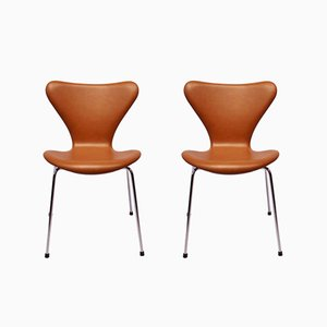 Model 3107 Seven Chairs in Cognac Leather by Arne Jacobsen for Fritz Hansen, 1967, Set of 2