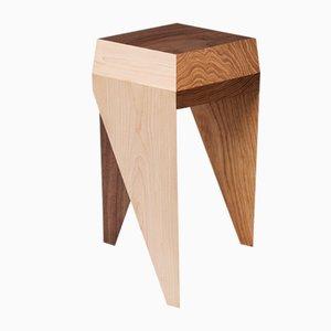 Sgabello Rayuela in legno massiccio di Alvaro Catalán de Ocón per ACdO/, 2017