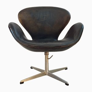 Scandinavian Swan Chair by Arne Jacobsen for Fritz Hansen, 1960s
