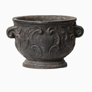 Barockurnan Urn in Cast Iron from Näfveqvarns Bruk, 1921