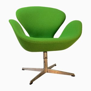 Scandinavian Swan Chair by Arne Jacobsen for Fritz Hansen, 1971