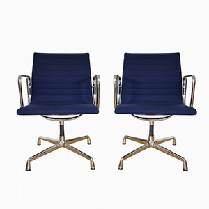 Vintage EA 118 Aluminum Chairs by Charles & Ray Eames for Vitra, Set of 2