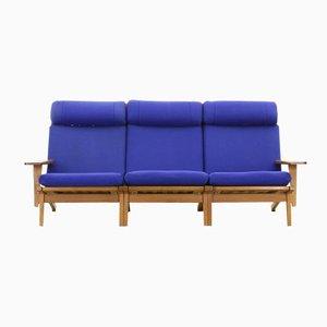 Scandinavian Modern Sofa by Hans Wegner for Getama