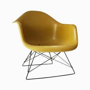 Vintage LAR Chair by Charles and Ray Eames for Herman Miller