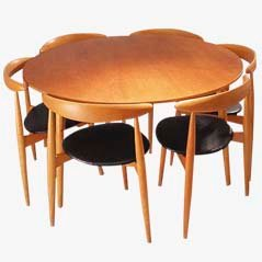 Heart chair Dining Set by Hans J. Wegner