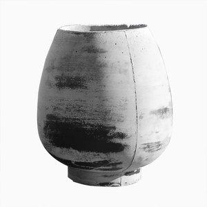 Concretes Vase by Noam Dover & Michal Cederbaum