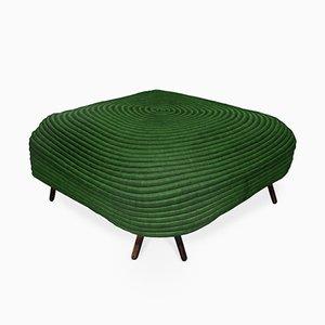 Grüner Corocora Hocker von Ceci Arango
