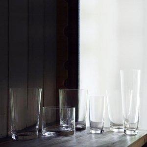 Six Verres à Whisky par Deborah Ehrlich