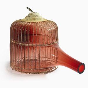 Out of the Cage, Modèle Rouge 1, par Gala Fernandez