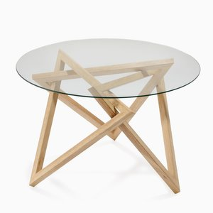 Tangle Table by Liam Mugavin